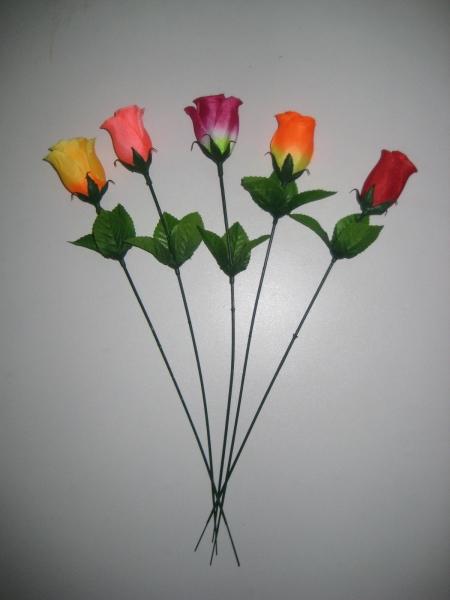 Одиночная роза бутон