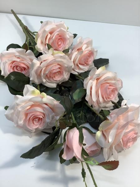 Букет роз с бутонами, 9 г