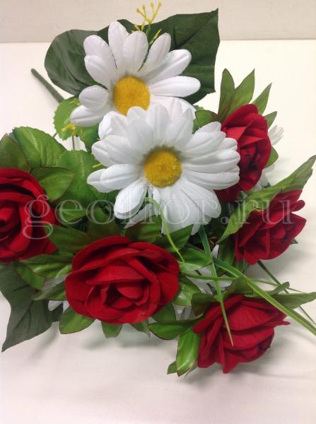 Букет роз бархатных с ромашкой, 11 г